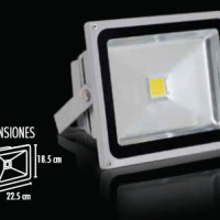 LÁMPARA REFLECTOR LED 30 W